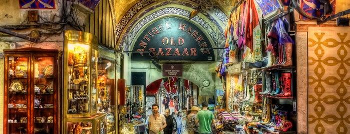 カパルチャルシュ is one of İstanbul'da En Çok Check-in Yapılan Mekanlar.