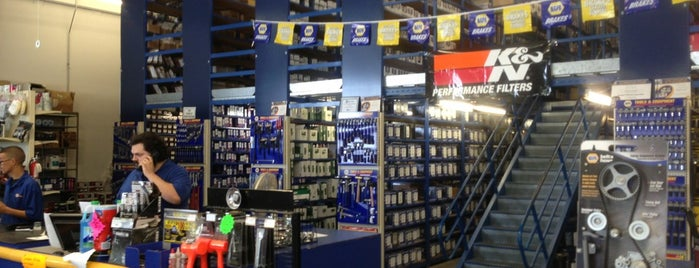 NAPA Auto Parts is one of Joeyさんのお気に入りスポット.