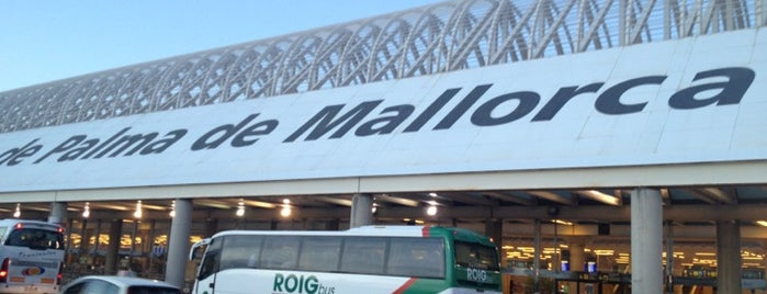Aeroporto de Palma de Maiorca (PMI) is one of Airports (around the world).
