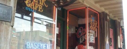 Basement Bar is one of Tempat yang Disukai Jewels.