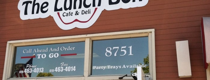 The Lunch Box Cafe & Deli is one of Lugares guardados de river.