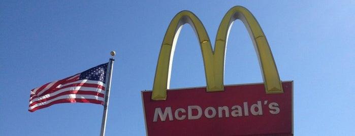 McDonald's is one of Lieux qui ont plu à Michael.