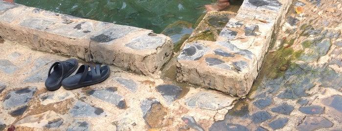 บ้านน้ำพุร้อนหินดาด Baan Nampu Ron Hindad is one of Lugares favoritos de Kanokporn.
