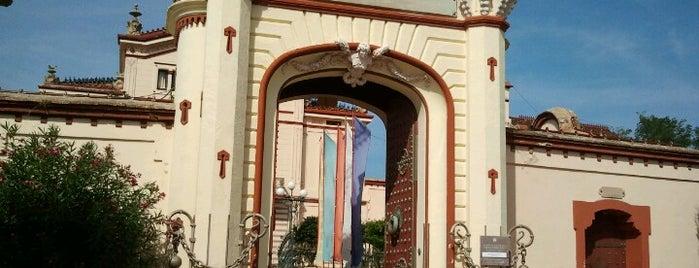 Monestir Budista del Garraf is one of lugares donde me siento bien LA BARCELONA OCULTA.