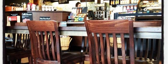 Starbucks is one of Locais curtidos por Christian.