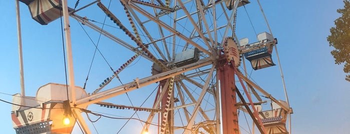 Ferris Wheeler's Backyard and BBQ is one of Restaurants To Try - Dallas.