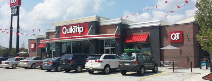 QuikTrip is one of Billさんのお気に入りスポット.