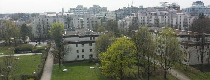 H Arabellapark is one of สถานที่ที่ Claudia ถูกใจ.