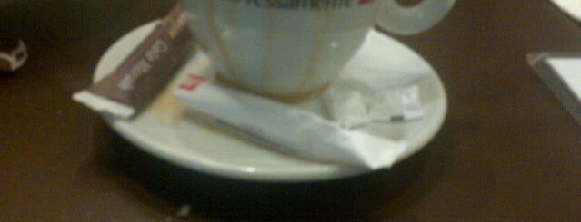 Espressamente Illy is one of Must Visit Restos & Cafes.