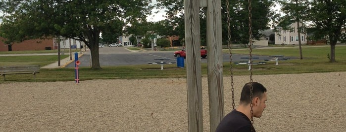 Three Oaks Elementary is one of Andy : понравившиеся места.