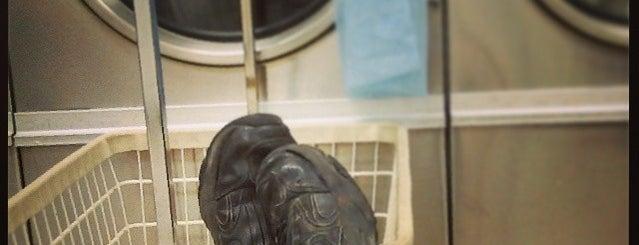 Busy Bubbles Laundry is one of Tempat yang Disukai La-Tica.