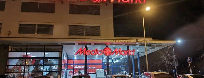 MediaMarkt is one of Andreaさんのお気に入りスポット.