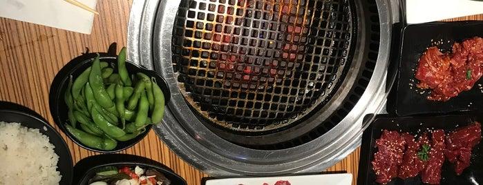 Gyu-Kaku Japanese BBQ is one of Lugares favoritos de Angel.