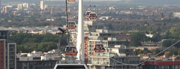 Emirates Air Line is one of Lugares favoritos de Carl.