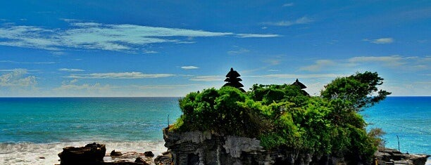 Pura Luhur Tanah Lot is one of My Places :).