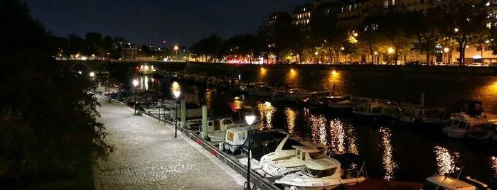 Parc Rives de Seine is one of สถานที่ที่ Kevin ถูกใจ.