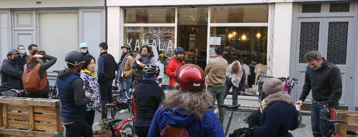 Le Peloton Café is one of café à paris.