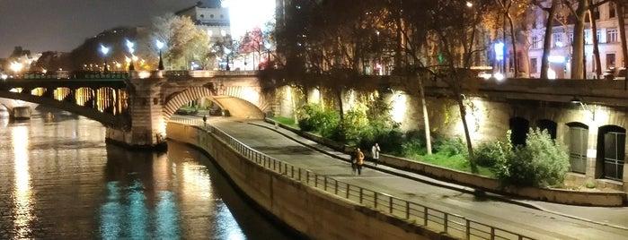 Parc Rives de Seine is one of Kevin'in Beğendiği Mekanlar.