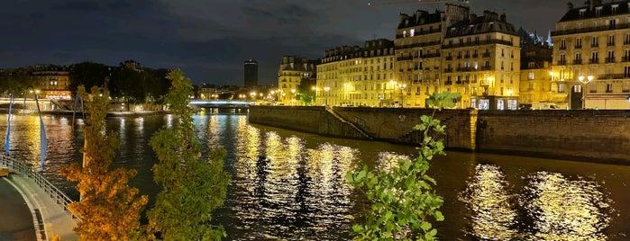 Parc Rives de Seine is one of Orte, die Kevin gefallen.