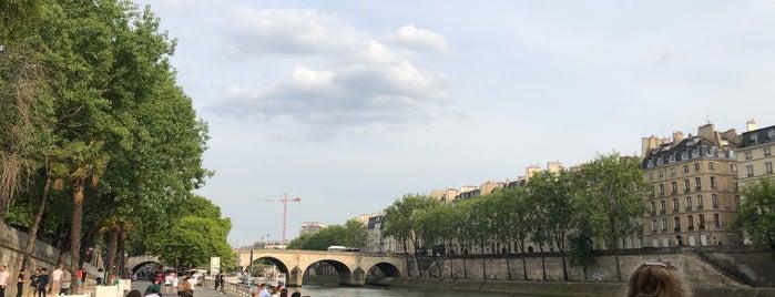 Parc Rives de Seine is one of Orte, die Richard gefallen.