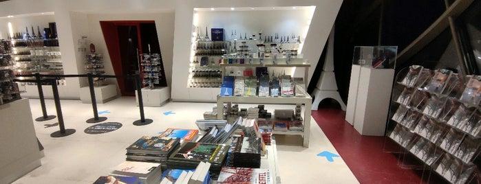 Boutique officielle is one of Lieux qui ont plu à Kawika.