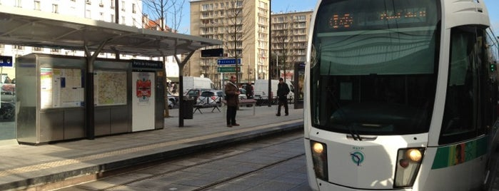 Station Porte de Vincennes [T3a,T3b] is one of สถานที่ที่ Adrian ถูกใจ.