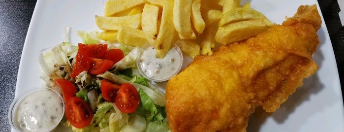 Ben's Traditional Fish & Chips is one of London 🇬🇧.