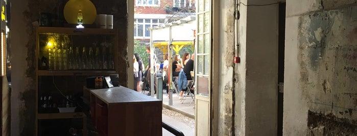 Café A is one of Posti che sono piaciuti a Nelly.