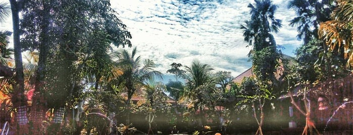 Ubud Cottages is one of Tempat yang Disukai donnell.