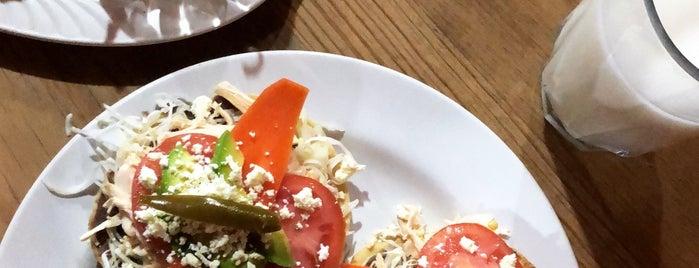 La Tequita Restaurante is one of Lugares favoritos de Alejandro.