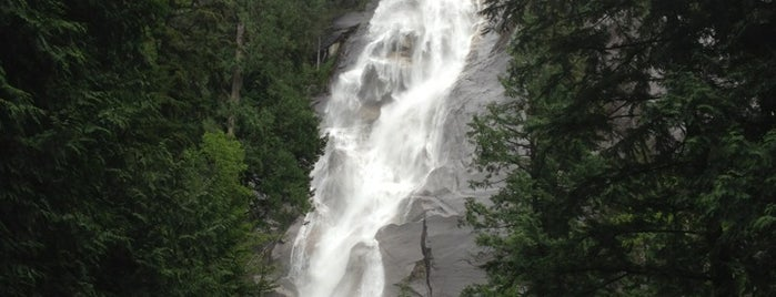Shannon Falls Provincial Park is one of Squamish.