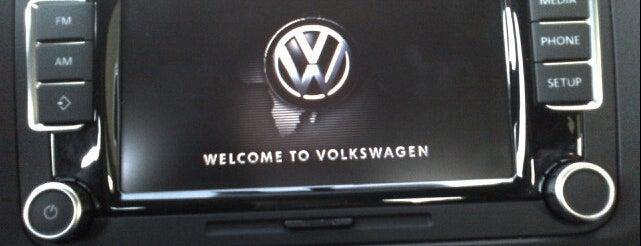 Volkswagen Euro Alemana is one of Tempat yang Disukai Rodrigo.