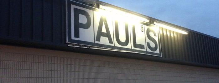 Paul's Discount is one of Lieux qui ont plu à Nick.