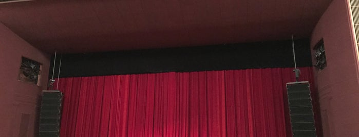 3D мюзикл Pola Negri is one of Tempat yang Disukai Julia.