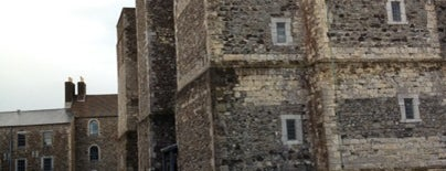 The Great Tower is one of Lugares favoritos de Sharon.