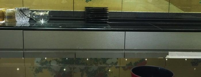 Osaka Sushi 孝 (Kou) is one of 가본 식당.