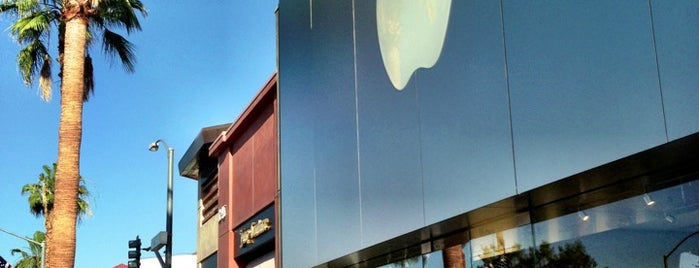 Apple El Paseo Village is one of Apple Stores US West.