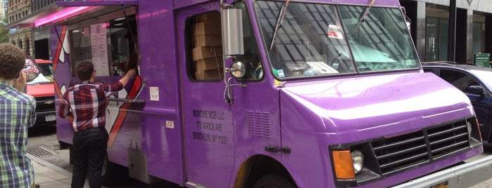 Munchie Mobile is one of Food Truck Heaven NYC.