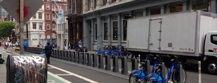 Citi Bike Station is one of Make NYC Your Gym: In Transit.