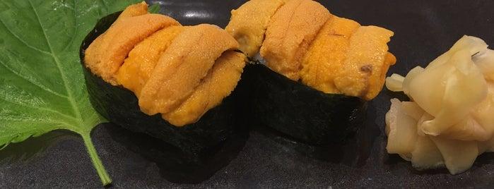 Sushi Den is one of Tempat yang Disukai Marisa.