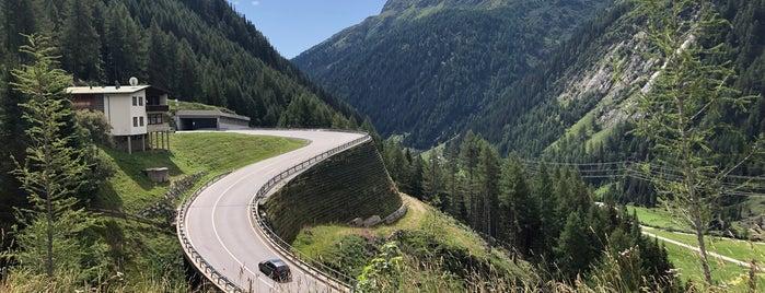 Landesgrenze Salzburg/Osttirol is one of Locais curtidos por Nabil.