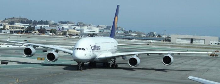 Lufthansa Flight LH 455 is one of สนามบินนานาชาติ (1).