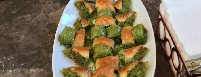 Koçak Baklava is one of Lugares favoritos de Onur.