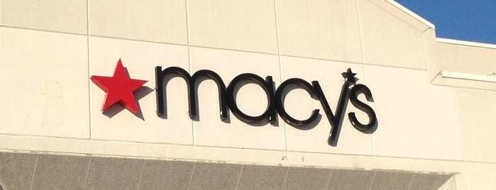 Macy's is one of Lieux qui ont plu à Shakthi.