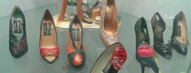 El borcegui. Museo del zapato is one of Bieyka'nın Kaydettiği Mekanlar.