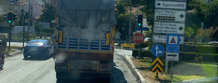 Bergama is one of สถานที่ที่ Mehmet Ali ถูกใจ.