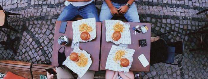 Burger Republic is one of Çeşme.