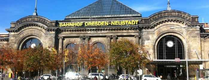 Bahnhof Dresden-Neustadt is one of Dirkさんのお気に入りスポット.