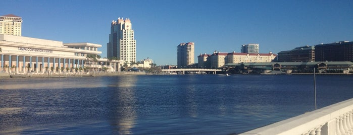 Bayshore Blvd is one of Tampa.