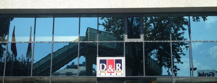 D&R is one of ıstanblue.
